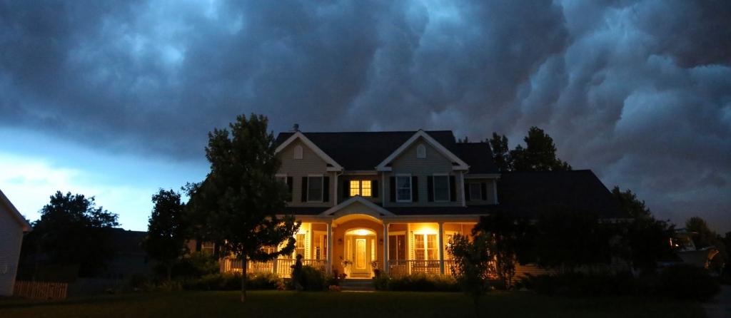 How to Prepare Gutters for a Storm